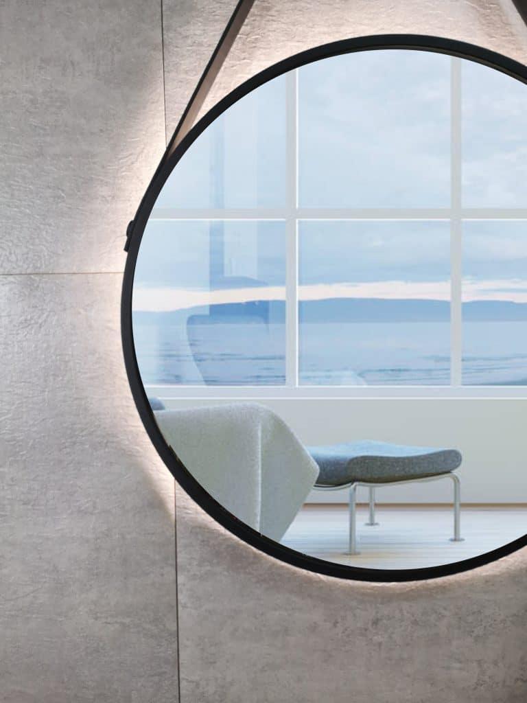 runder LED Wandspiegel in schwarz Talos Black Light Nahansicht links