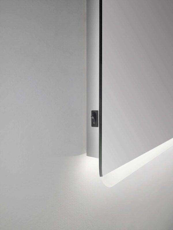 LED Badspiegel Talos Chic 50x70cm Seitenansicht
